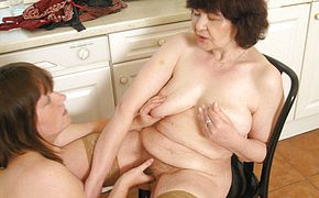 Big titted teen doing her older lesbian neighbour