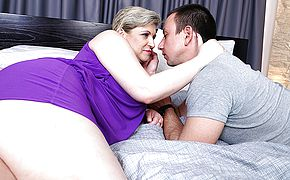 Hairy mature lady fucking her <b>toy boy</b>