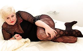 German housewife playing with her <b>pussy</b>