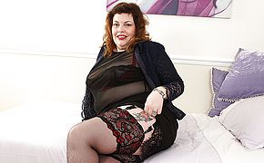 Horny British Mature <b>BBW</b> playing with herself
