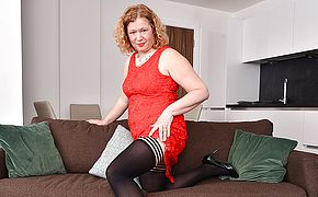 Naughty curvy British housewife playing with herself