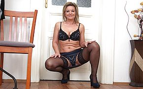<b>Naughty</b> housewife getting very horny