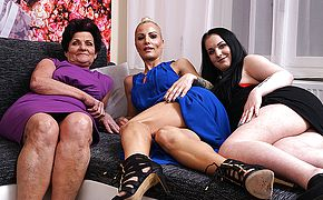 Three <b>old and young</b> lesbians make out on the couch