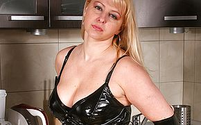 Hot blonde <b>MILF</b> playing with herself