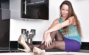 <b>Hairy</b> British housewife playing in the kitchen